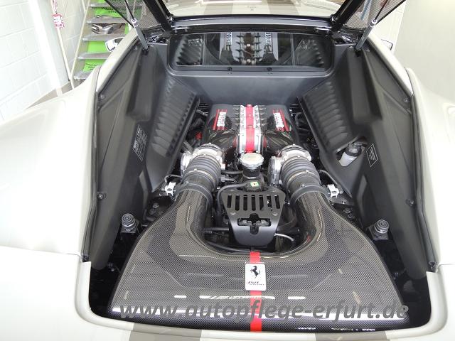 ,spezial werkstatt Ferrari 458 speciale www.autopflege-erfurt.de (2)