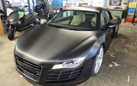 Folierung Audi R8 Carbonfolierung