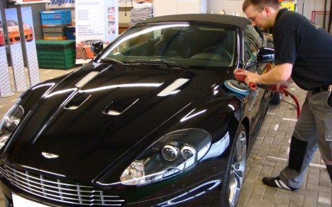 Politur Aston Martin