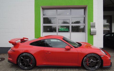Porsche 991 GT3 red